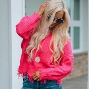 Chunky knit hot pink frayed autumn sweater